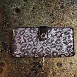Coach Madison Ocelot Leopard Print OP Art Sophia Wallet RARE Silver,Gray,Black